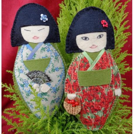 kokeshi de saisons printemps et été